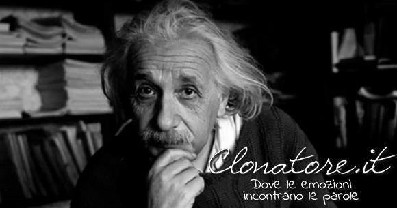 Non crederò mai che Dio giochi a dadi col mondo.  - Albert Einstein
