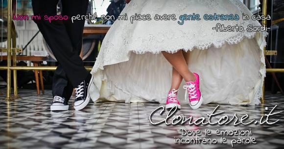 Non mi sposo perché non mi piace avere gente estranea in casa  - Alberto Sordi
